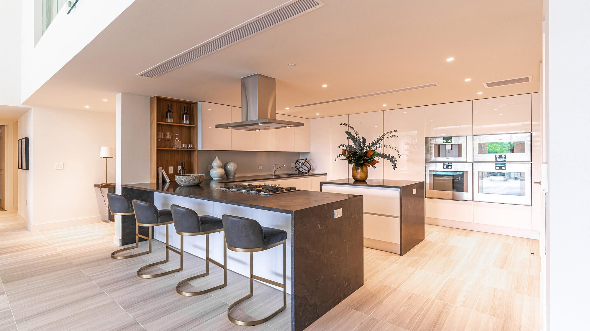 Miami-Beach-Condos-Kitchen